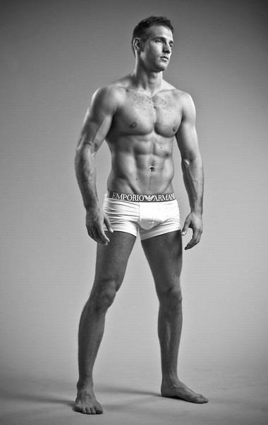 Your Hunk of the Day: Kevin ten Hoeve